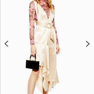 Top shop dress size is 8 us